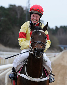 Battle Royal och Fanny Olsson | Täby 120401 |  Foto: Stefan Olsson / Svensk Galopp