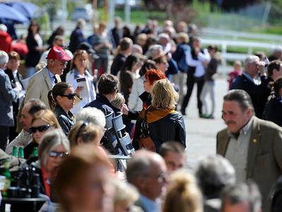 Publik på Täby Galopp | Täby 120513 |  Foto: Stefan Olsson / Svensk Galopp
