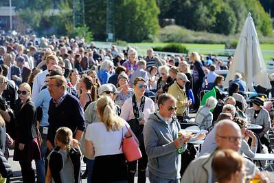 Stor publik på Stockholm Cup-dagen | Täby 150920 | Foto: Stefan Olsson / Svensk Galopp