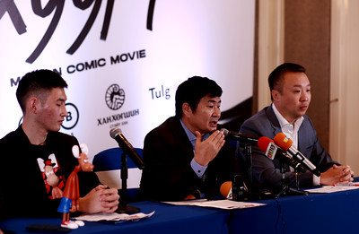 """2020 оны арваннэгдүгээр сарын 5. Хандгай дүрээр """"Өвгөн хуурч"""" бүрэн хэмжээний motion movie хийх талаар мэдээлэл хийлээ.  ГЭРЭЛ ЗУРГИЙГ Д.ЭРДЭНЭЦЭЦЭГ/MPA"""