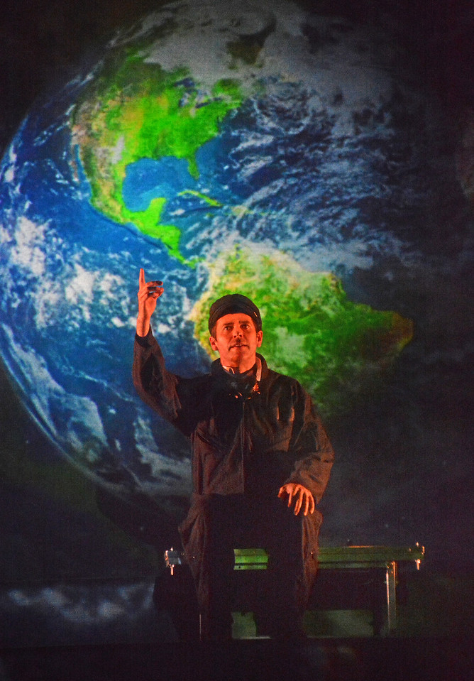 Brendan McMahon in TWENTY THOUSAND LEAGUES UNDER THE SEA at Asolo Rep. Photo by Gary W.  Sweetman.