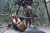 """Déversement du pétrole extrait par deux """"Twin Zar"""". Ile d'East Phayonka/Etat de l'Arakan/Birmanie (Myanmar)"""