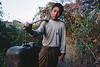 """Un jeune """"Twin Zar"""" rapportant au village le pétrole extrait dans la journée. Ile d'East Phayonka/Etat de l'Arakan/Birmanie (Myanmar)"""