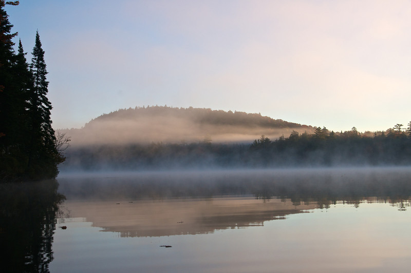 Mist through the Mountain