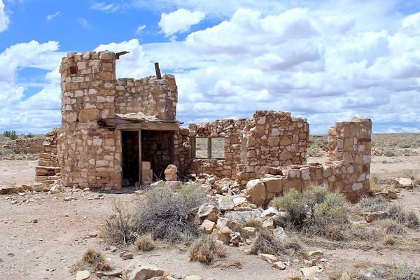 Texaco gas station ruins - Two Guns, Arizona (2018)