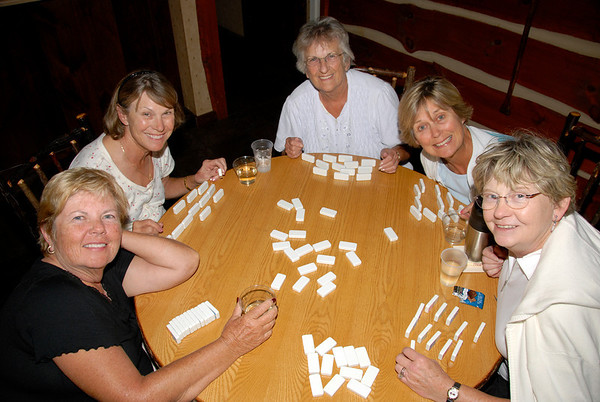 The Stoney Creek Inn was popular with the players and the domino and card games went on into the night!