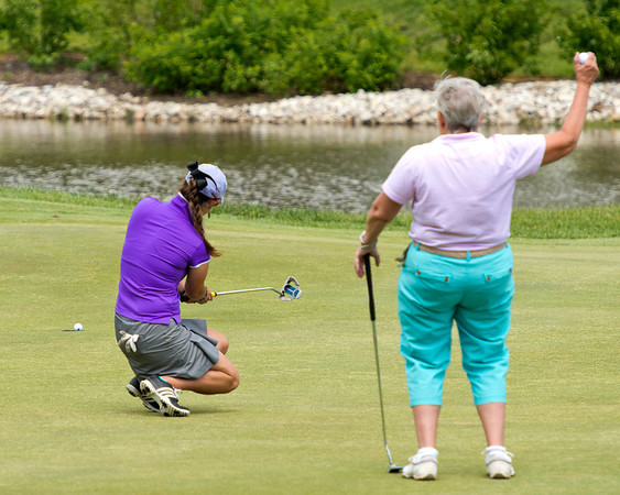Alisha's putt JUST lips out.....