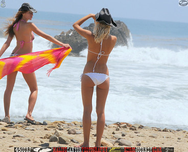 leo carillos surf's up beautiful swimsuit model 45surf 1609.,.,