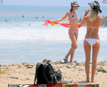 leo carillos surf's up beautiful swimsuit model 45surf 1577.,.,.,.,
