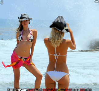 leo carillos surf's up beautiful swimsuit model 45surf 1559.best.close.best....
