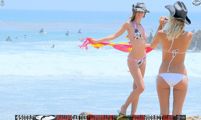 leo carillos surf's up beautiful swimsuit model 45surf 1577.,.,.,.,.