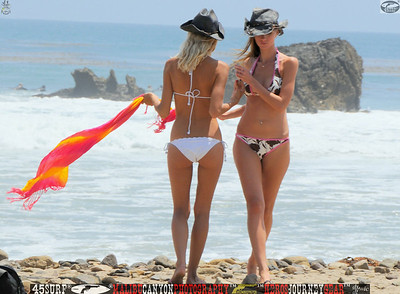 leo carillos surf's up beautiful swimsuit model 45surf 1616.,.,.,.