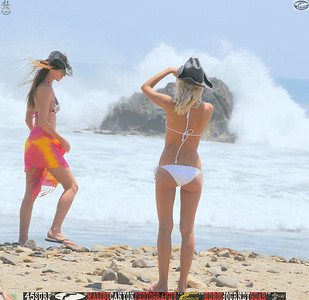 leo carillos surf's up beautiful swimsuit model 45surf 1603.,.,.,
