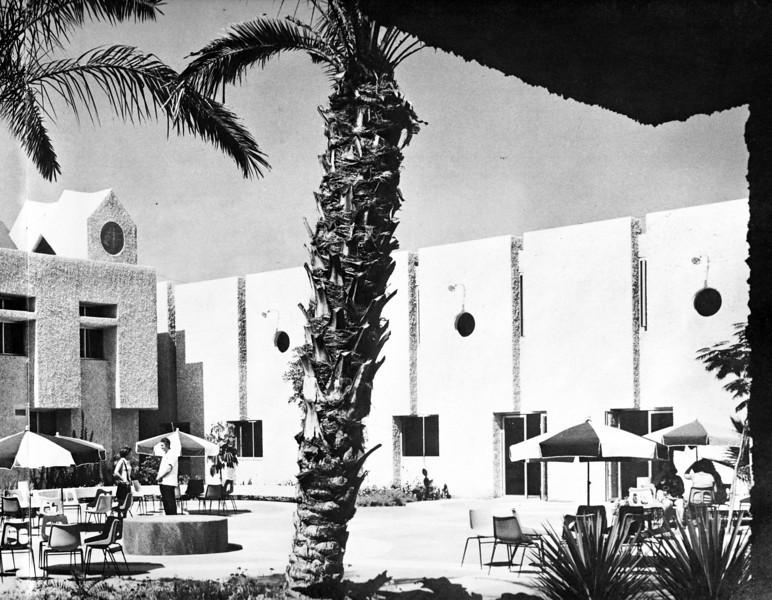 Courtyard Between Pavilions