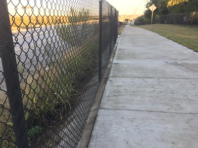 Fencing protection for the dropoff