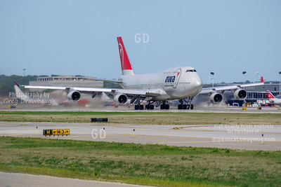 Northwest 747-400