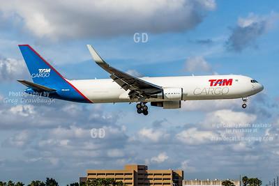 TAN Cargo 767-300F