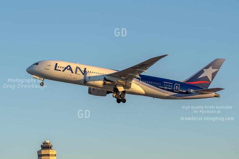 LAN 787 Dreamliner
