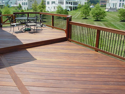 Ipe deck and railing with Deckorator