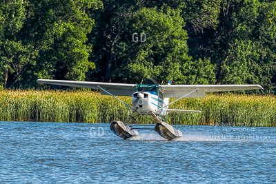 Cessna 172 N7830G