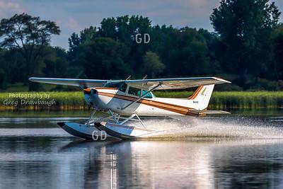 Cessna 172M N64442