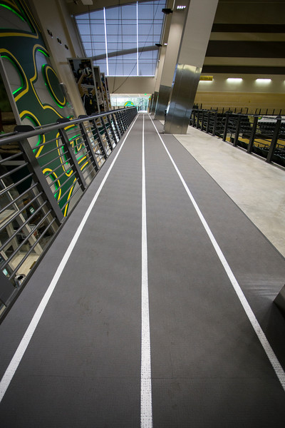 "in door jogging track at the Alaska Airlines Center on the campus of UAA.  <div class=""ss-paypal-button"">20160822-track-TEK-001.JPG</div><div class=""ss-paypal-button-end""></div>"