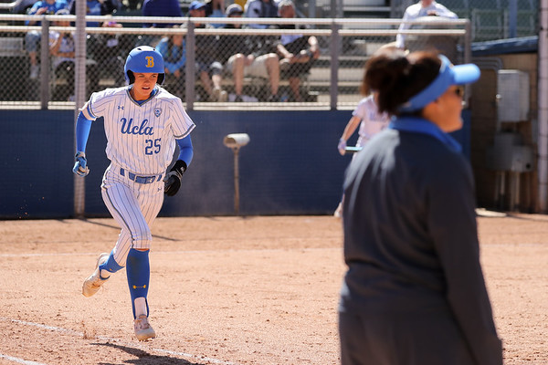 2018.3.26 UCLA Softball
