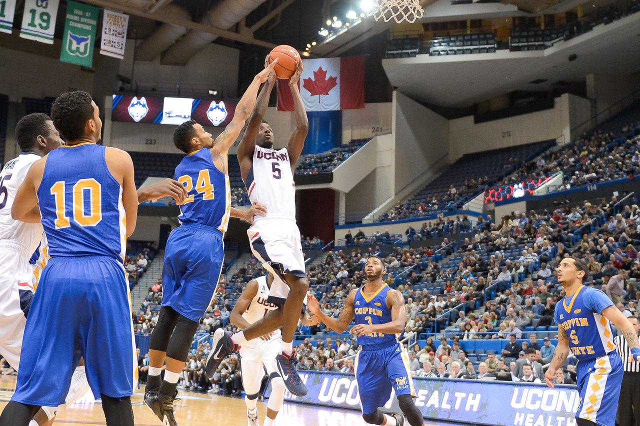 UConn Men's Basketball vs. Coppin State December 14 2014/Michael Zaritheny