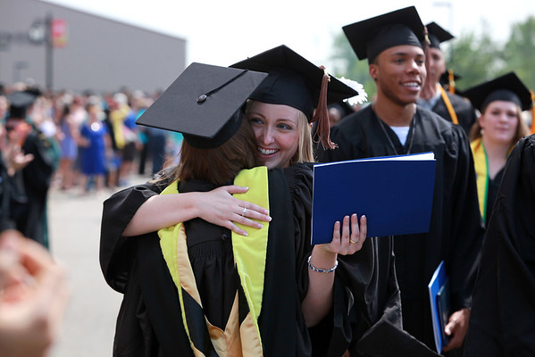 UD graduation 2015