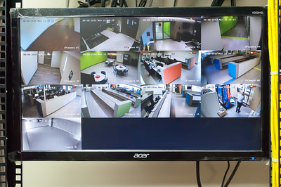 Security Camera Display Monitor (8-8-16)
