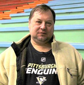6 февраля отмечает пятидесятилетний юбилей известный в прошлом хоккеист, а ныне тренер хоккейной школы Трактор Челябинск Станислав Юрьевич Шадрин.
