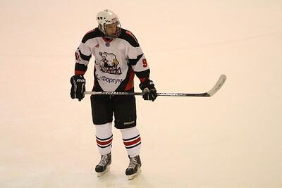 Нападающий молодежной челябинской команды МХЛ Белые медведи Семён Афонасьевский прокомментировал в интервью 74hockey.ru победу своей команды в Набережных Челнах.