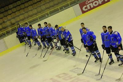 В первенстве Юниорской хоккейной лиги челябинский Мечел разгромил Сигнал со счетом 12:3