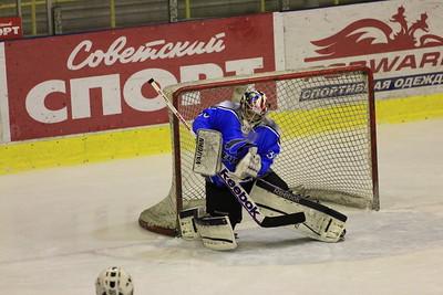 В первенстве Юниорской хоккейной лиги челябинский Мечел обыграл Автомобилист из Екатеринбурга со счетом 6:0