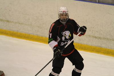 Нападающий команды Трактор Юниорской хоккейной лиги Максим Кориневский прокомментировал в интервью 74hockey.ru победу своей команды над тюменским Рубином.
