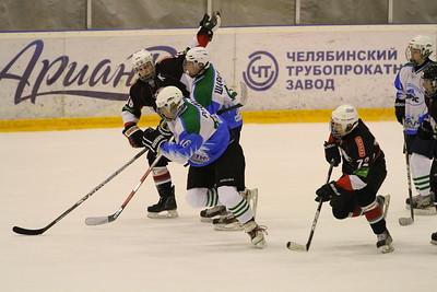 Первенство России среди команд Юниорской Хоккейной Лиги до 18 лет. Результаты игр. 18 января 2014