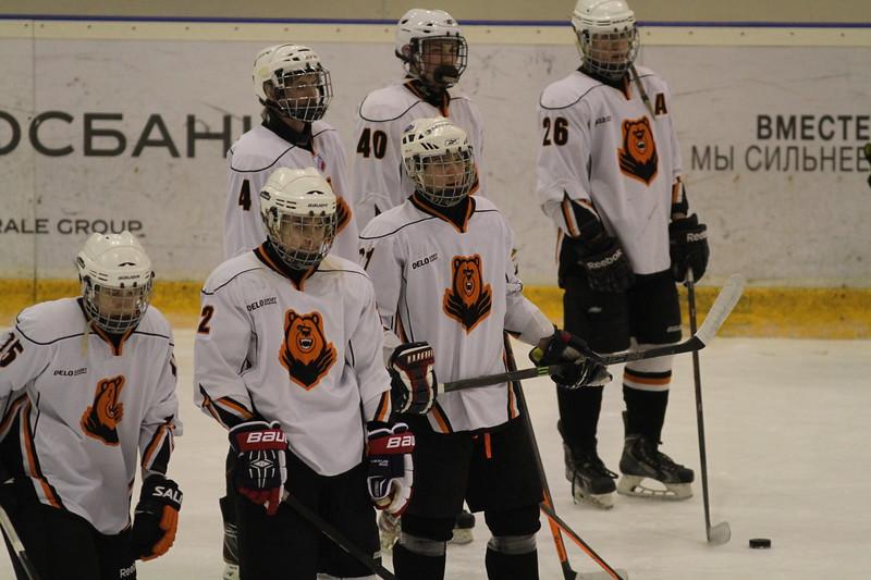 В Юниорской хоккейной лиге (дивизион Урал) в прошедшие выходные состоялись шесть матчей.