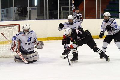 В первенстве Юниорской хоккейной лиги (дивизион