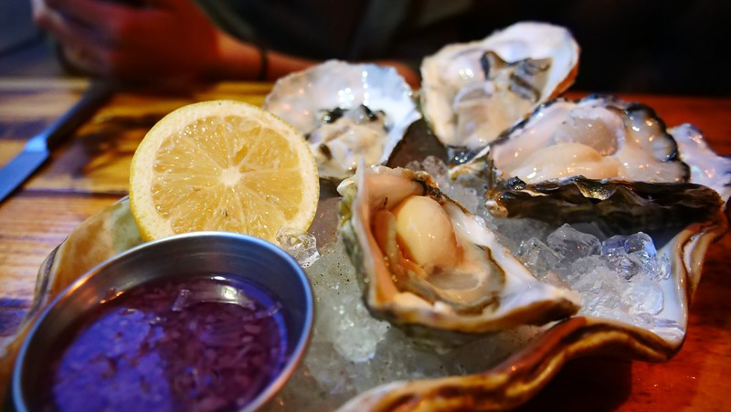 Trying oysters for the first time at The Finnieston