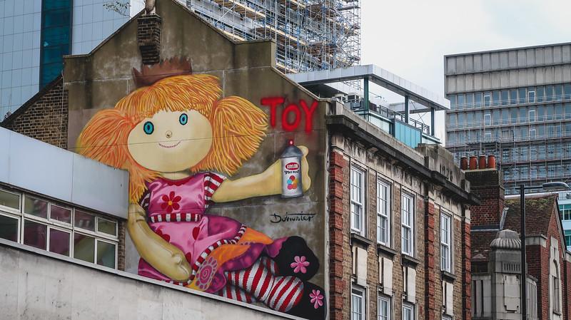 Murals in East Croydon