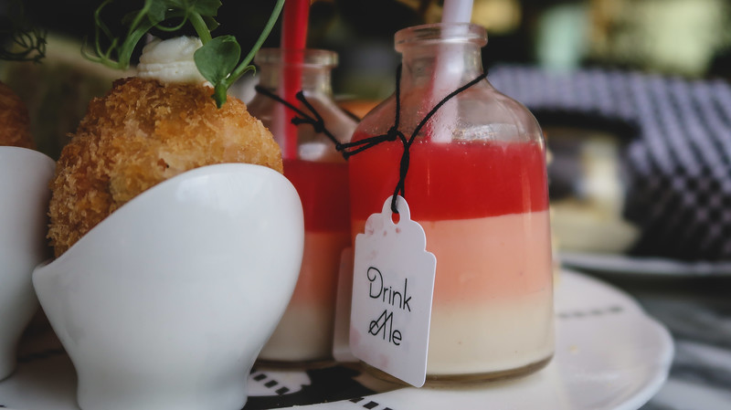 Drink Me potion at Mad Hatter's Afternoon Tea