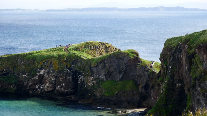 Carrick-A-Rede Rope Bridge (Causeway Coastal Route)