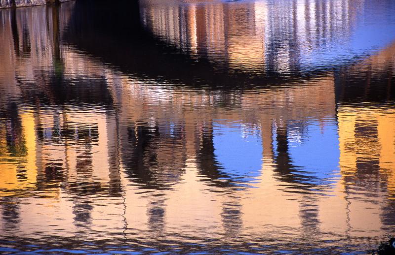 Ponte Vecchio, Reflections