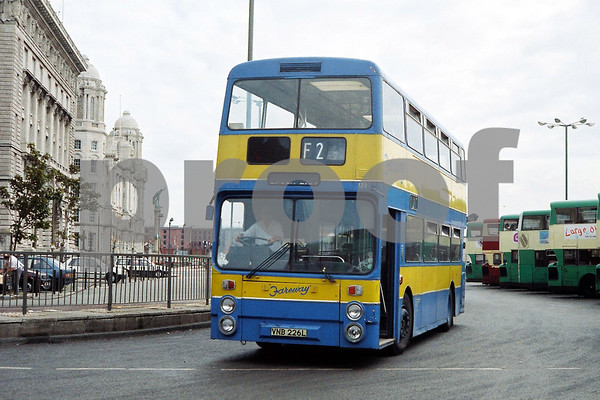 Merseyside Bus Photos by Stuart Garner
