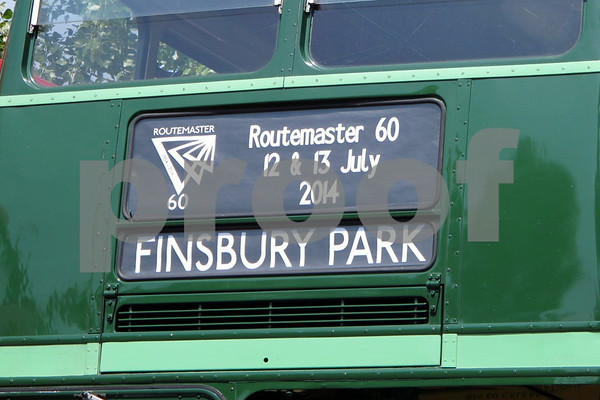 RM60 BUSES FINSBURY PARK JULY 2014