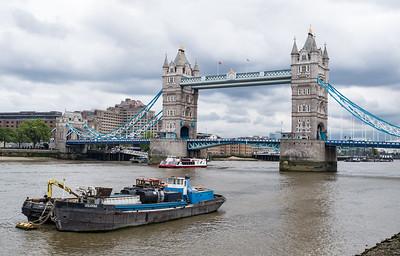Around London Bridges Walk May 2017