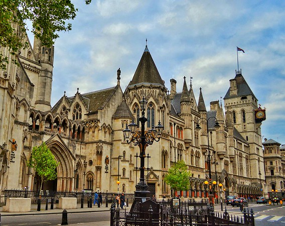 """""""Royal Courts of Justice"""" - London"""