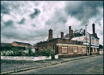 The Old Cross Keys Pub, Ravensworth Road, Dunston, Gateshead, UK - 2014.