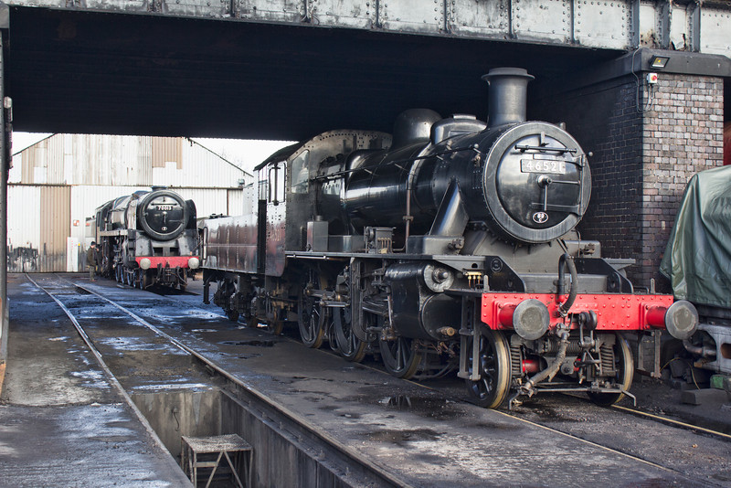 """LMS 2MT 46521 and BR Class 7P 70013 """"Oliver Cromwell"""" at Loughborough Yard."""