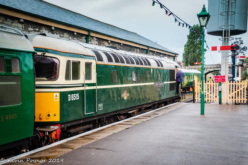 "Birmingham Carriage and Wagon Type 3 British Rail  Class 33 D6515 ""Lt Jenny Lewis RN"""